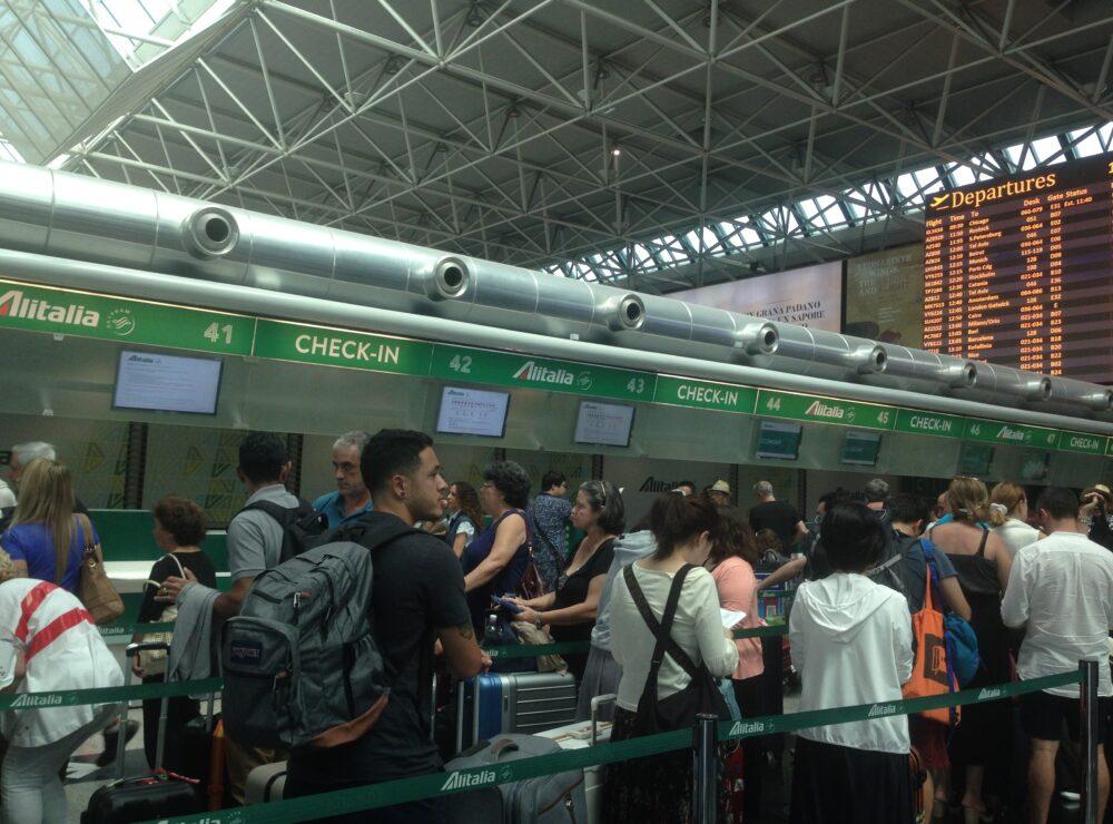 Bagaglio da imbarcare in stiva Alitalia: regole e limitazioni